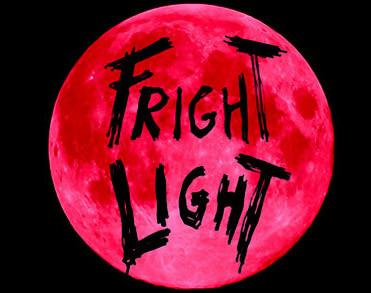 Le notti del Maligno: FRIGHT LIGHT