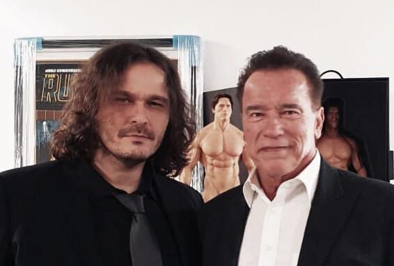 Io ho conosciuto Schwarzenegger, tu no.